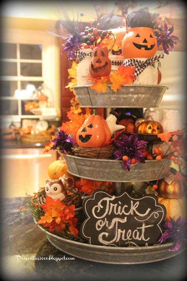 Think Vertical with Tiered Tray for Halloween Farmhouse Decor #farmhouse #halloween #homedecorimage